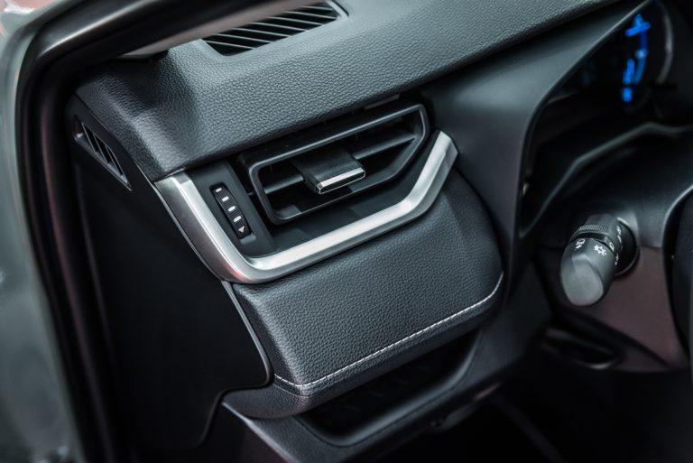 Toyota RAV4 Hybrid AWD - powłoka ceramiczna - Radom, Kielce