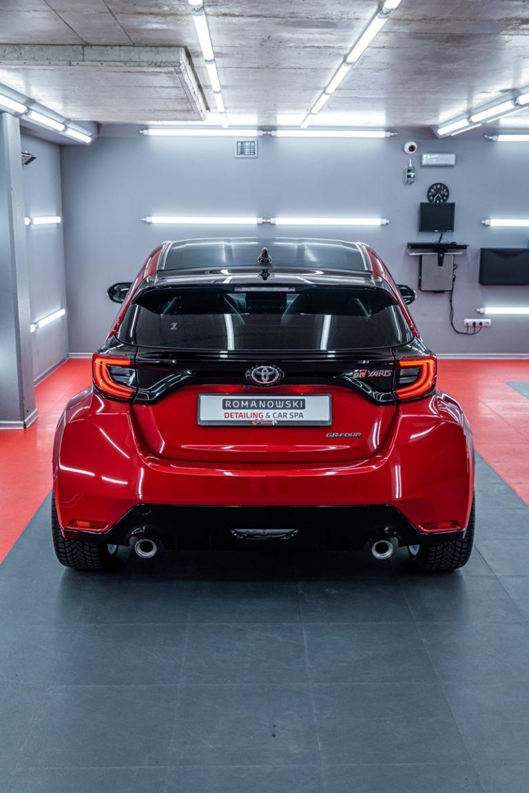 """Toyota GR Yaris & felgi OZ Racing 18"""" - mycie detailingowe - Radom, Kielce"""