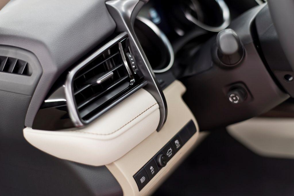 Toyota Camry Hybrid - detailing wnętrza - Radom, Kielce